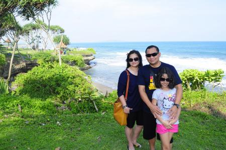 Maya Santosa Family