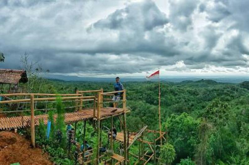 Bukit Pilar Surga Tersembunyi di Ketinggian Pangandaran